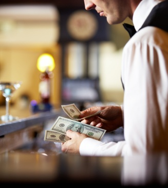 Alert: Mid-2014 Restaurant Service Trend Results Are In